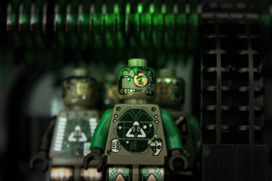 http://www.x-brick.de/moc/startrekborg/we_are_the_borg.jpg